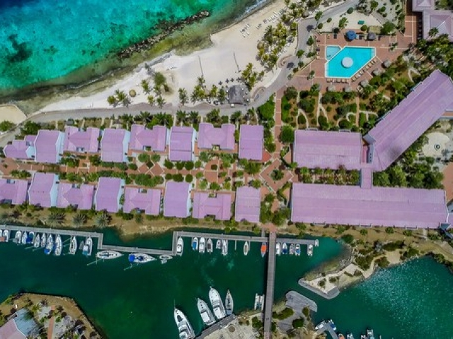 Bonaire Plaza Resort